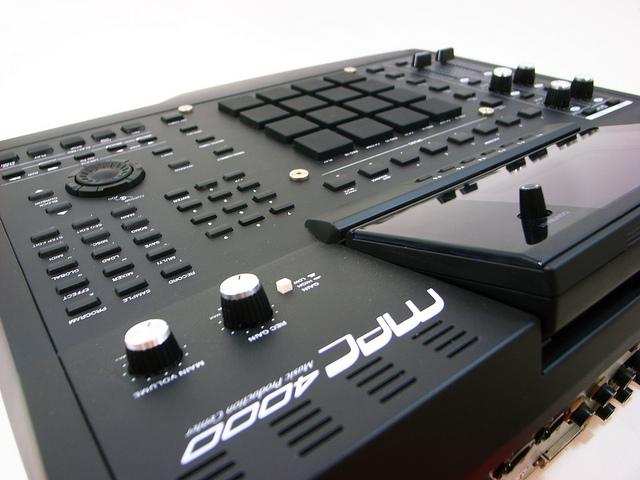 MPC4000 black_og