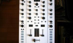 NI TRAKTOR KONTROL customized by ghostinmpc